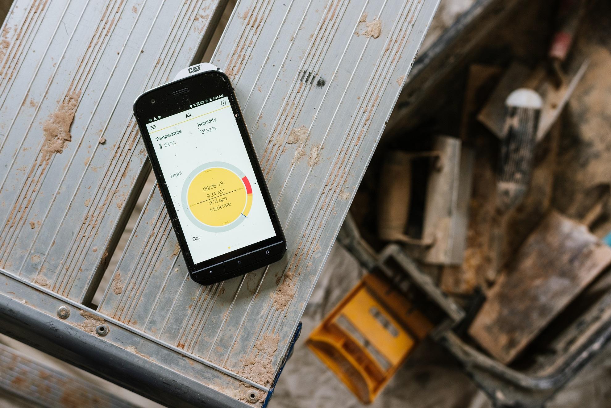 Monitor de calidad de aire en el Cat S61 | Cat phones